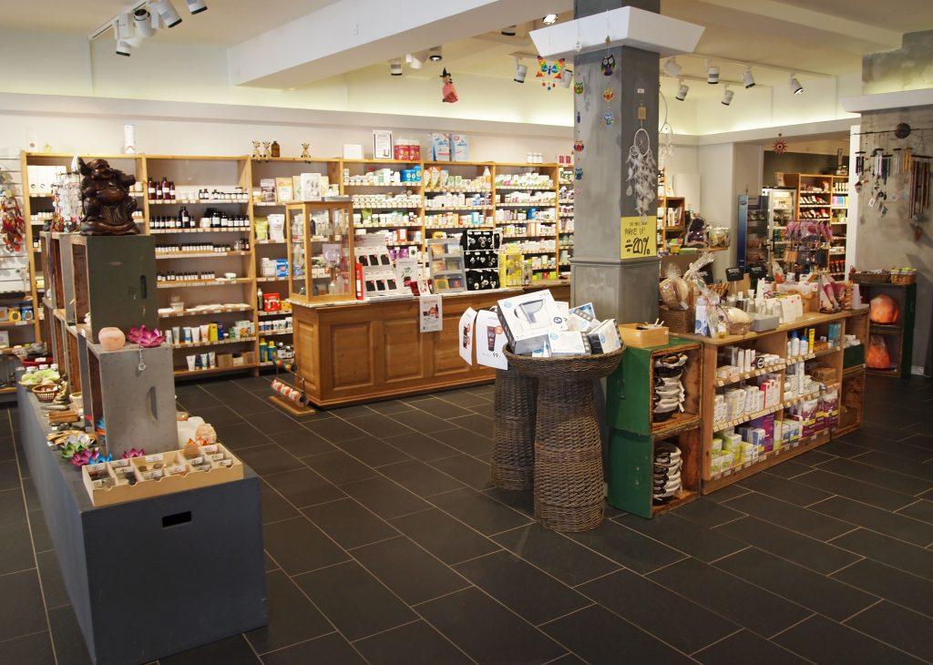 Butikken set fra døren i Natur & Trivsel